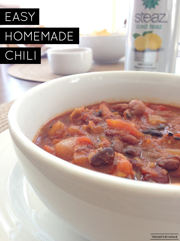 Easy Homemade Chili // www.thoughtsbynatalie